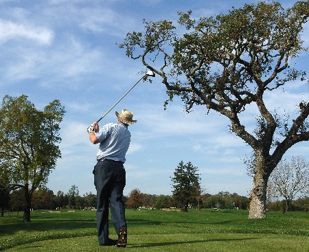 SONOMA, CA - OCTOBER 27:  Denis Watson of Zimbabwe tees off the third hole during the third round of the Charles Schwab Championship Cup at the Sonoma Golf Club October 27, 2007 in Sonoma, California.  (Photo by Marc Feldman/Getty Images)