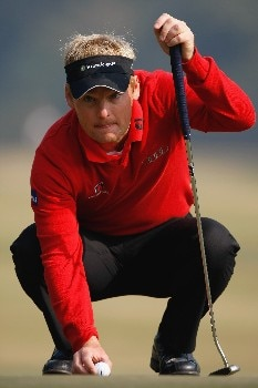 NEW DELHI, INDIA - FEBRUARY 09:  Soren Kjeldsen of Denamrk lines up his putt on the eighth hole during the third round of the Emaar-MGF Indian Masters at the Delhi Golf Club on February 9, 2008 in Delhi, India.  (Photo by Stuart Franklin/Getty Images)
