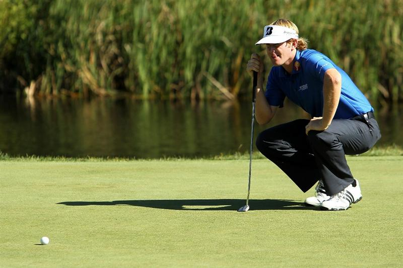 NORTON, MA - SEPTEMBER 04:  Brandt Snedeker lines up a putt on the 16th green during the second round of the Deutsche Bank Championship at TPC Boston on September 4, 2010 in Norton, Massachusetts.  (Photo by Mike Ehrmann/Getty Images)