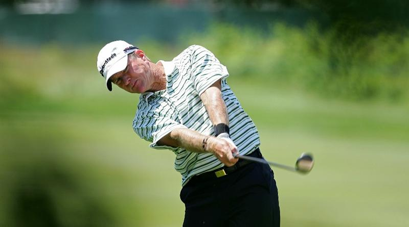 CROMWELL, CT - JUNE 25:   Scott Verplank hits a shot during the second round of the Travelers Championship held at TPC River Highlands on June 25, 2010 in Cromwell, Connecticut.  (Photo by Michael Cohen/Getty Images)