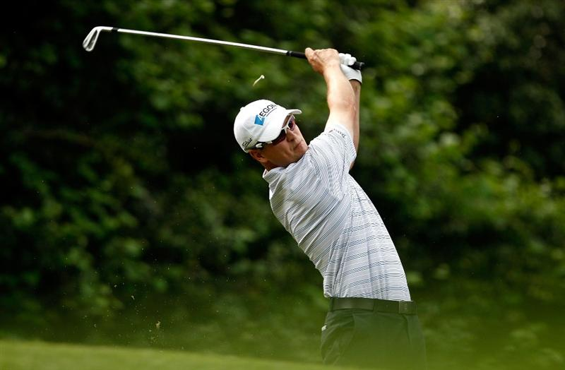 CHARLOTTE, NC - MAY 03:  Zach Johnson hits his tee shot on the 13th hole during the third round of the Quail Hollow Championship at the Quail Hollow Club on May 2, 2009 in Charlotte, North Carolina.  (Photo by Streeter Lecka/Getty Images)