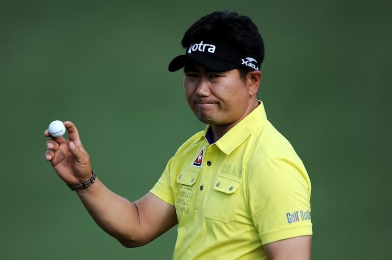 AUGUSTA, GA - APRIL 08:  Y.E. Yang of South Korea waves to the gallery on the second green during the second round of the 2011 Masters Tournament at Augusta National Golf Club on April 8, 2011 in Augusta, Georgia.  (Photo by Harry How/Getty Images)