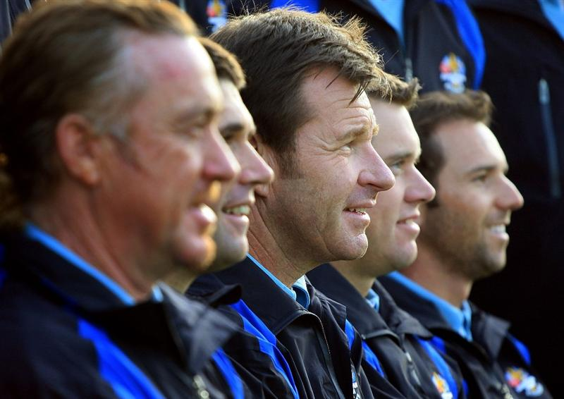 LOUISVILLE, KY - SEPTEMBER 16:  European team captain Nick Faldo poses with his team for the European Team photo shoot prior to the start of the 2008 Ryder Cup at Valhalla Golf Club of September 16, 2008 in Louisville, Kentucky.  (Photo by Scott Halleran/Getty Images)