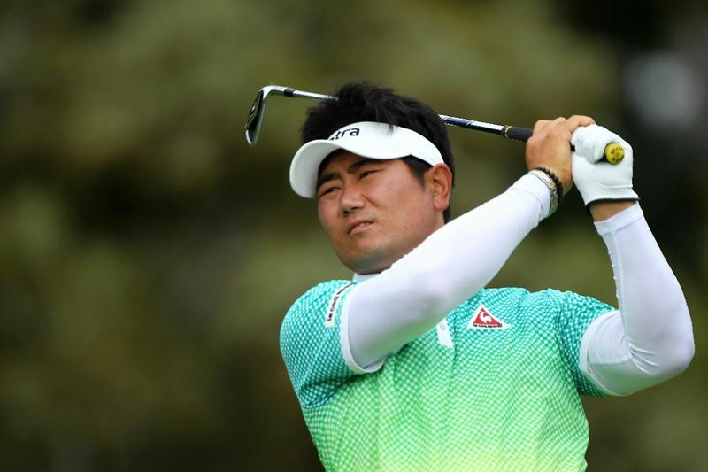 PEBBLE BEACH, CA - JUNE 18:  Y.E. Yang of South Korea hits a tee shot on the 12th hole during the second round of the 110th U.S. Open at Pebble Beach Golf Links on June 18, 2010 in Pebble Beach, California.  (Photo by Donald Miralle/Getty Images)