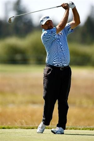 SUNRIVER, OR - AUGUST 23:  Brad Bryant tees off on the 8th hole during the final round of the Jeld-Wen Tradition on August 23, 2009 at  the Crosswater Club at Sunriver Resort in Sunriver, Oregon.  (Photo by Jonathan Ferrey/Getty Images)