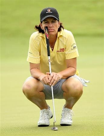 SINGAPORE - FEBRUARY 27:  Juli Inkster of the USA lines up a putt on the 17th hole during the third round of the HSBC Women's Champions at the Tanah Merah Country Club on February 27, 2010 in Singapore.  (Photo by Andrew Redington/Getty Images)
