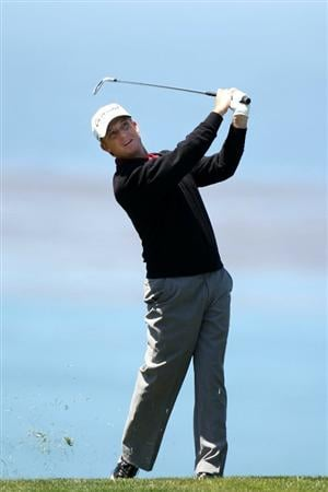 PEBBLE BEACH, CA - JUNE 17:  David Toms watches his shot on the 11th fairway during the first round of the 110th U.S. Open at Pebble Beach Golf Links on June 17, 2010 in Pebble Beach, California.  (Photo by Ross Kinnaird/Getty Images)