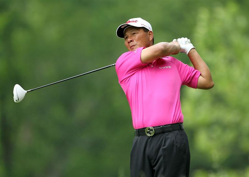 LOUISVILLE, KY - MAY 27: Chien-Soon Lu of Taiwan hits his tee shot on the par 5 2nd hole during the second round of the Senior PGA Championship presented by KitchenAid at Valhalla Golf Club on May 27, 2011 in Louisville, Kentucky.  (Photo by Andy Lyons/Getty Images)