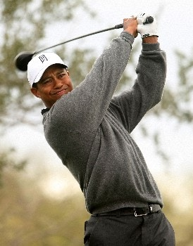 MARANA, AZ - FEBRUARY 22:  Tiger Woods hits his tee shot on the second hole during the third round matches of the WGC-Accenture Match Play Championship at The Gallery at Dove Mountain on February 22, 2008 in Marana, Arizona.  (Photo by Scott Halleran/Getty Images)
