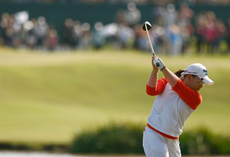 RICHMOND, TX - NOVEMBER 19:  Jiyai Shin of South Korea hits her tee shot on the 17th hole during the first round of the LPGA Tour Championship presented by Rolex at the Houstonian Golf and Country Club on November 19, 2009 in Richmond, Texas.  (Photo by Scott Halleran/Getty Images)