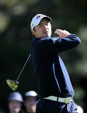 PACIFIC PALISADES, CA - FEBRUARY 20:  Martin Laird of Scotland reacts to his tee shot on the second hole during the fourth round of the Northern Trust Open at the Riviera Country Club on February 20, 2011 in Pacific Palisades, California.  (Photo by Harry How/Getty Images)