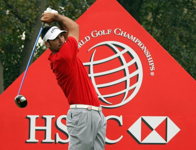 SHANGHAI, CHINA - NOVEMBER 08: Alvaro Quiros of Spain during the final round of the WGC - HSBC Champions at Sheshan International Golf Club on November 8, 2009 in Shanghai, China.  (Photo by Ross Kinnaird/Getty Images)