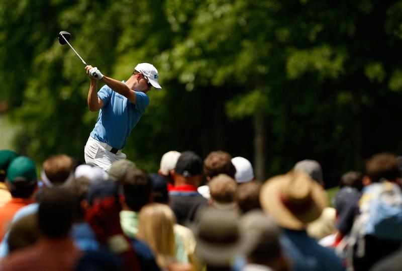 CHARLOTTE, NC - MAY 04:  Zach Johnson hits his tee shot on the 4th hole during the final round of the Quail Hollow Championship at the Quail Hollow Club on May 4, 2009 in Charlotte, North Carolina.  (Photo by Streeter Lecka/Getty Images)