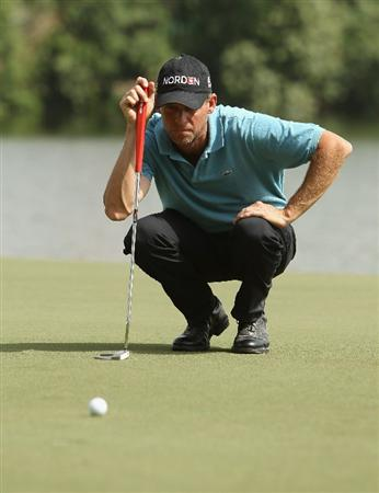DUBAI, UNITED ARAB EMIRATES - FEBRUARY 11:  Anders Hansen of Denmark competes during the second round for the 2011 Omega Dubai desert Classic held on the Majilis Course at the Emirates Golf Club on February 11, 2011 in Dubai, United Arab Emirates.  (Photo by Ian Walton/Getty Images)