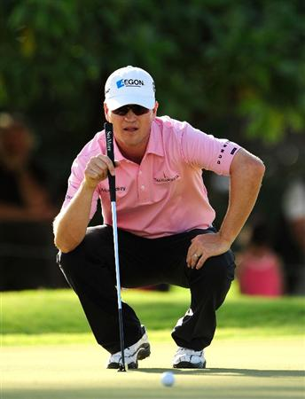 HONOLULU,HI - JANUARY 16:  Zach Johnson plays a shot on the 14th hole during the third round of the Sony Open at Waialae Country Club on January 16, 2010 in Honolulu, Hawaii.  (Photo by Sam Greenwood/Getty Images)