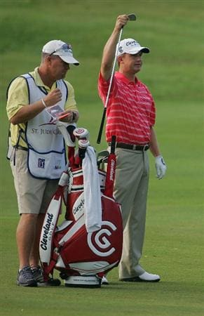 MEMPHIS, TN - JUNE 13:  David Toms of the United States prepares to hit a shot during the continuation of the  second round of the St. Jude Classic at TPC Southwind held on June 13, 2009 in Memphis, Tennessee. The second round was suspended on June 12, 2009 due to severe weather.  (Photo by Michael Cohen/Getty Images)