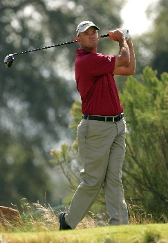 LAKESIDE, CA - NOVEMBER 4:  Brenden Pappas watches his tee shot on the second hole of the final round of the Nationwide Championship at Barona Creek Golf Course November 4, 2007 in Lakeside, California.  (Photo by Kent Horner/Getty Images)
