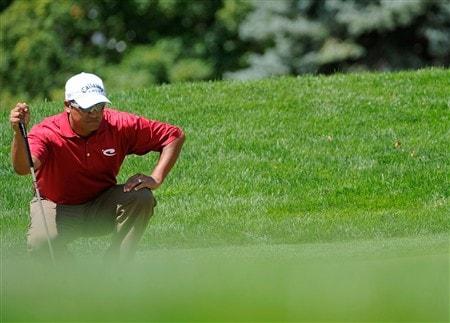BLOOMFIELD HILLS, MI - AUGUST 09:  Michael Campbell of New Zealand lines up a putt on the first hole during round three of the 90th PGA Championship at Oakland Hills Country Club on August 9, 2008 in Bloomfield Township, Michigan.  (Photo by Sam Greenwood/Getty Images)