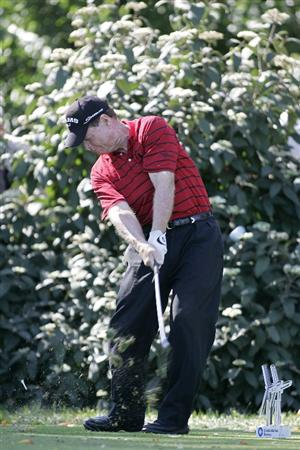 TIMONIUM, MD - OCTOBER 04:  Tom Watson hits his tee shot on the second hole during the final round of the Constellation Energy Senior Players Championship at Baltimore Country Club/Five Farms (East Course) held on October 4, 2009 in Timonium, Maryland  (Photo by Michael Cohen/Getty Images)