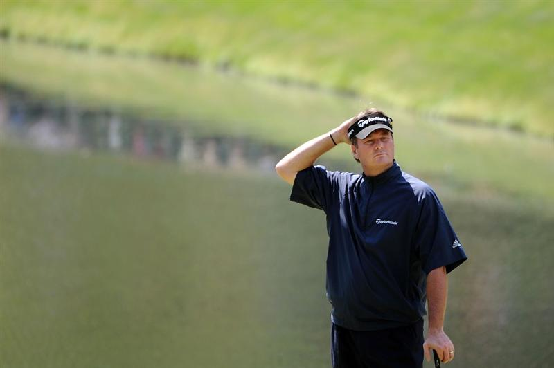 AUGUSTA, GA - APRIL 10:  Todd Hamilton waits on the 16th green during the second round of the 2009 Masters Tournament at Augusta National Golf Club on April 10, 2009 in Augusta, Georgia.  (Photo by Harry How/Getty Images)