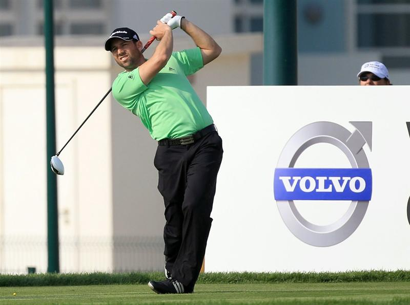 BAHRAIN, BAHRAIN - JANUARY 27:  Sergio Garcia of Spain plays his tee shot at the 17th hole during the first round of the 2011 Volvo Champions held at the Royal Golf Club on January 27, 2011 in Bahrain, Bahrain.  (Photo by David Cannon/Getty Images)