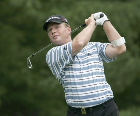 Lonnie Nielsen tees off on the 2nd hole during the first round of the 2005 Commerce Bank Championship at Eisenhower Park in East Meadow, New York on July 1, 2005.Photo by Michael Cohen/WireImage.com