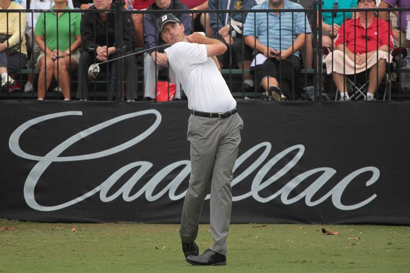 DORAL, FL - MARCH 10:  Matt Kuchar hits his tee shot on the first hole during the first round of the 2011 WGC- Cadillac Championship at the TPC Blue Monster at the Doral Golf Resort and Spa on March 10, 2011 in Doral, Florida.  (Photo by Scott Halleran/Getty Images)