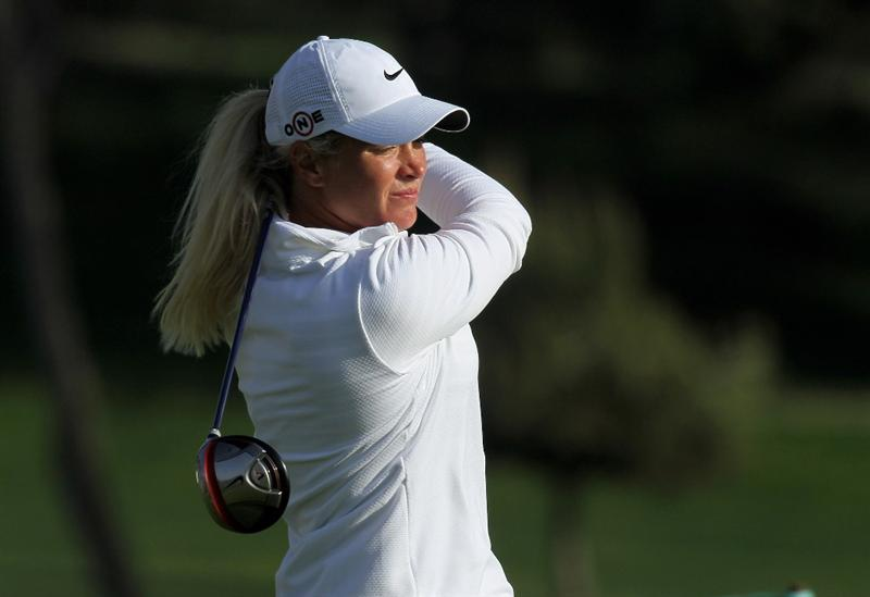 CARLSBAD, CA - MARCH 25:  Suzann Pettersen of Norway hits her tee shot on the 18th hole during the first round of the Kia Classic Presented by J Golf at La Costa Resort and Spa on March 25, 2010 in Carlsbad, California.  (Photo by Stephen Dunn/Getty Images)