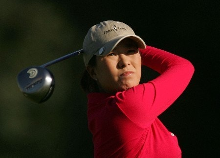 RANCHO MIRAGE, CA - MARCH 29:  Shi Hyun Ahn of South Korea watches her tee shot on the second hole during the first round of the Kraft Nabisco Championship at Mission Hills Country Club on March 29, 2007 in Rancho Mirage, California.  (Photo by Scott Halleran/Getty Images)