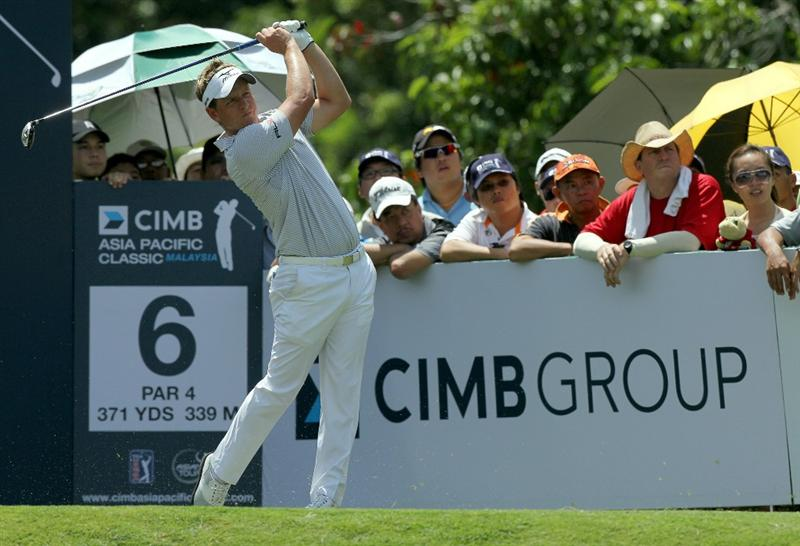 KUALA LUMPUR, MALAYSIA - OCTOBER 31: Luke Donald of England tees off on the 6th hole during day four of the CIMB Asia Pacific Classic at The MINES Resort & Golf Club on October 31, 2010 in Kuala Lumpur, Malaysia. (Photo by Stanley Chou/Getty Images)