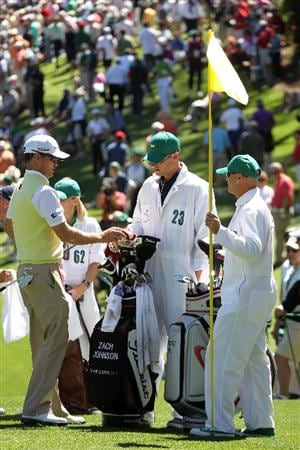 AUGUSTA, GA - APRIL 06:  Andy Roddick caddies for Zach Johnson during the Par 3 Contest prior to the 2011 Masters Tournament at Augusta National Golf Club on April 6, 2011 in Augusta, Georgia.  (Photo by Jamie Squire/Getty Images)