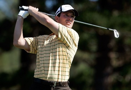 MAUI, HI - JANUARY 3:  Mike Weir of Canada hits a tee shot on the second hole during the first round of the Mercedes-Benz Championship at the Plantation Course January 3, 2008 in Kapalua, Maui, Hawaii.  (Photo by Jeff Gross/Getty Images)