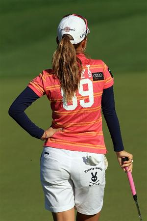 RANCHO MIRAGE, CA - APRIL 04:  Momoko Ueda of Japan putting on the second hole during the final round of the 2010 Kraft Nabisco Championship, on the Dinah Shore Course at The Mission Hills Country Club, on April 3, on April 4, 2010 in Rancho Mirage, California.  (Photo by David Cannon/Getty Images)