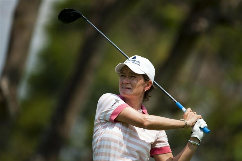 CHON BURI, THAILAND - FEBRUARY 19:  Catriona Matthew of Scotland tees off on the 2nd hole during day three of the LPGA Thailand at Siam Country Club on February 19, 2011 in Chon Buri, Thailand.  (Photo by Victor Fraile/Getty Images)