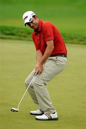 FARMINGDALE, NY - JUNE 20:  Richard Bland of England reacts to his putt on the 18th hole during the continuation of the second round of the 109th U.S. Open on the Black Course at Bethpage State Park on June 20, 2009 in Farmingdale, New York.  (Photo by Sam Greenwood/Getty Images)