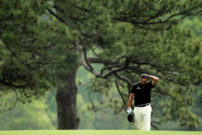 AUGUSTA, GA - APRIL 08:  Phil Mickelson walks up the third hole during the second round of the 2011 Masters Tournament at Augusta National Golf Club on April 8, 2011 in Augusta, Georgia.  (Photo by Jamie Squire/Getty Images)  *** BESTPIX ***