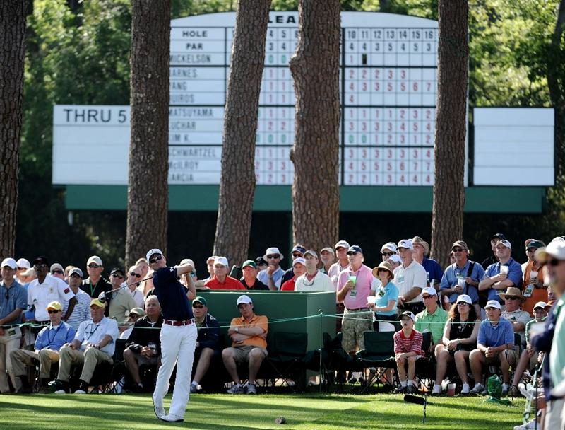 AUGUSTA, GA - APRIL 07:  Zach Johnson hits his tee shot on the 17th hole during the first round of the 2011 Masters Tournament at Augusta National Golf Club on April 7, 2011 in Augusta, Georgia.  (Photo by Harry How/Getty Images)