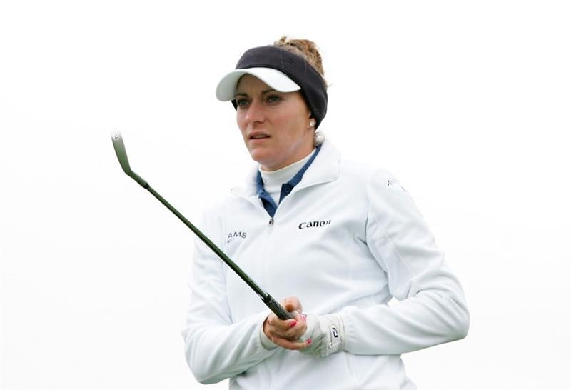 INCHEON, SOUTH KOREA - NOVEMBER 01:  Brittany Lang of United States hits a teeshot  on the the 3th hole during final round of Hana Bank Kolon Championship at Sky 72 Golf Club on November 1, 2009 in Incheon, South Korea.  (Photo by Chung Sung-Jun/Getty Images)