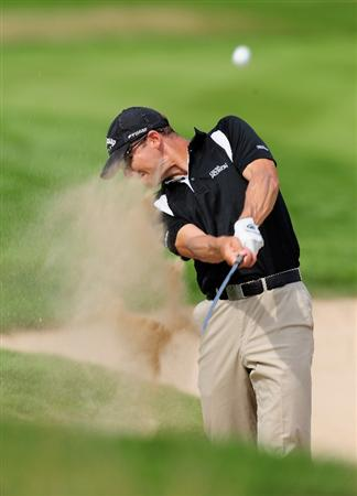 COLOGNE, GERMANY - SEPTEMBER 09:  Niclas Fasth of Sweden plays his bunker shot during the pro - am Mercedes-Benz Championship at The Gut Larchenhof Golf Club on September 9, 2009 in Pulheim, near Cologne, Germany.  (Photo by Stuart Franklin/Getty Images)