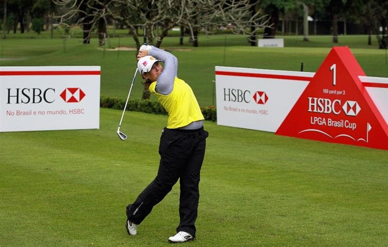 RIO DE JANEIRO, BRAZIL - MAY 28:  Karen Stupples of England watches her tee shot on the first hole during the first round of the HSBC LPGA Brazil Cup at the Itanhanga Golf Club on May 28, 2011 in Rio de Janeiro, Brazil.  (Photo by Scott Halleran/Getty Images)