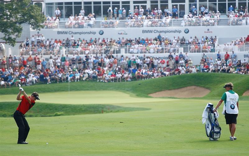 LEMONT, IL - SEPTEMBER 12:  Luke Donald of England hits his approach shot on the 18th hole during the third round of the BMW Championship held at Cog Hill Golf & CC on September 12, 2009 in Lemont, Illinois.  (Photo by Scott Halleran/Getty Images)
