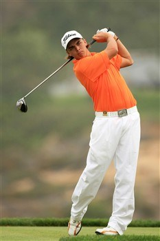 SAN DIEGO - JUNE 12:  Amateur Rickie Fowler hits his tee shot on the fifth hole during the first round of the 108th U.S. Open at the Torrey Pines Golf Course (South Course) on June 12, 2008 in San Diego, California.  (Photo by Travis Lindquist/Getty Images)