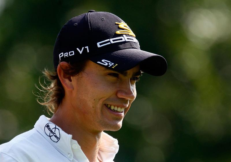 LEMONT, IL - SEPTEMBER 10:  Camilo Villegas of Colombia walks to the second hole during the first round of the BMW Championship held at Cog Hill Golf & CC on September 10, 2009 in Lemont, Illinois.  (Photo by Scott Halleran/Getty Images)