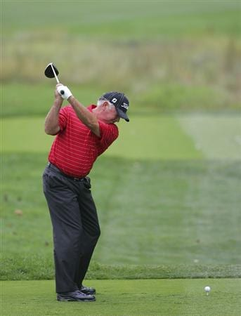 TIMONIUM, MD - OCTOBER 02:  Mark O'Meara hits a drive during the second round of the Constellation Energy Senior Players Championship at Baltimore Country Club/Five Farms (East Course) held on October 2, 2009 in Timonium, Maryland  (Photo by Michael Cohen/Getty Images)