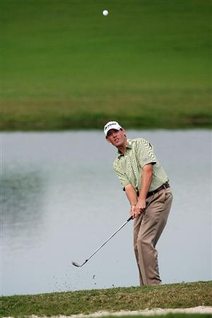 WEST PALM BEACH, FL - DECEMBER 07:  Chris Wilson chips onto the 18th green during the final round of the 2009 PGA TOUR Qualifying Tournament at Bear Lakes Country Club on December 7, 2009 in West Palm Beach, Florida.  (Photo by Doug Benc/Getty Images)