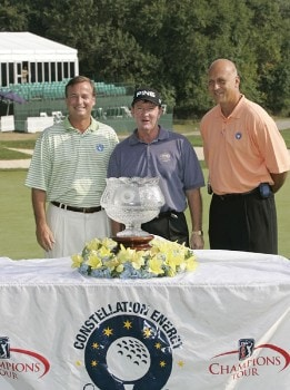 L-R, Chairman and CEO of Constellation Energy Mayo Shattuck III, Bob Gilder, and Cal Ripken during the trophy ceremony of the Constellation Energy Classic being held at Hayfields Country Club in Hunt Valley, Maryland on September 18, 2005. Gilder won the event finishing at -18 under par and takes home $255,000.Photo by Mike Ehrmann/WireImage.com