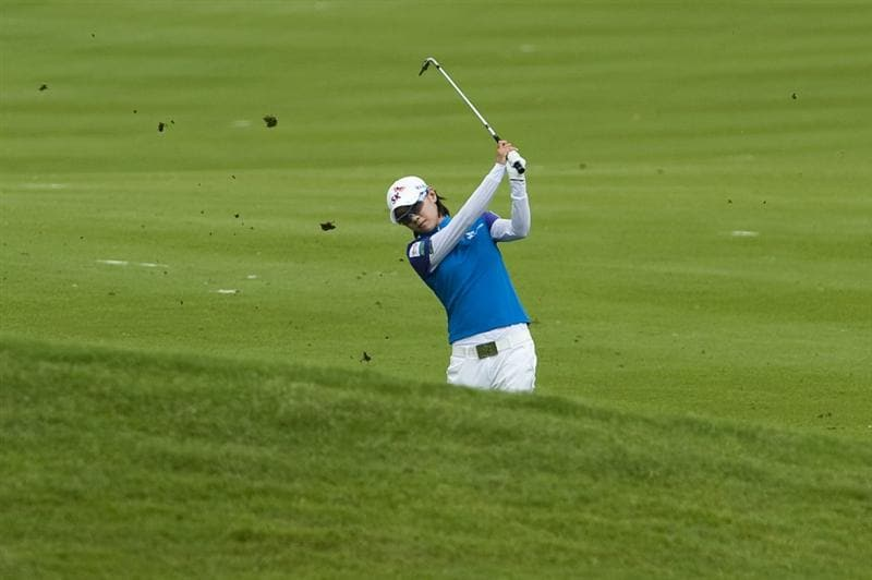 CHON BURI, THAILAND - FEBRUARY 17:  Na Yeon Choi of South Korea plays her approach shot on the 2nd hole during day one of the LPGA Thailand at Siam Country Club on February 17, 2011 in Chon Buri, Thailand.  (Photo by Victor Fraile/Getty Images)