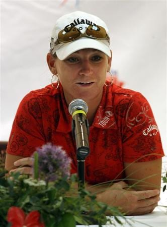 SPRINGFIELD, IL - JUNE 05:  Kristy McPherson speaks during a press conference following the second round of the LPGA State Farm Classic golf tournament at Panther Creek Country Club on June 5, 2009 in Springfield, Illinois.  (Photo by Christian Petersen/Getty Images)