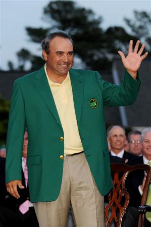 AUGUSTA, GA - APRIL 12:  Angel Cabrera of Argentina waves during the green jacket presentation after defeating Kenny Perry on the second sudden death playoff hole to win the 2009 Masters Tournament at Augusta National Golf Club on April 12, 2009 in Augusta, Georgia.  (Photo by Harry How/Getty Images)
