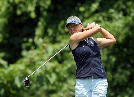 HAVRE DE GRACE, MD - JUNE 07:  Liselotte Neumann of Sweden hits her tee shot on the par 5, second hole during the first round of the 2007 McDonalds LPGA Championship held at Bulle Rock golf course, on June 7, 2007 in Havre de Grace, Maryland.  (Photo by David Cannon/Getty Images)